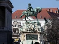 Savoyai-szobor